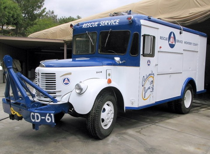 1954 Reo F221B Civil Rescue Car
