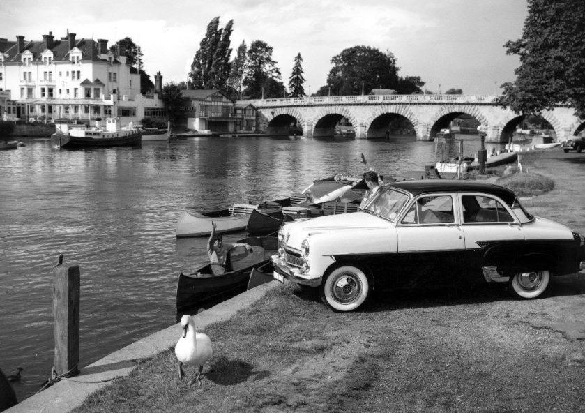 1954 Vauxhall E type Cresta