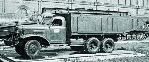 1954 ZIS-151А with TPP pontoon bridge nose section