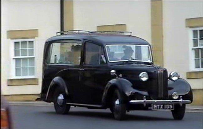 1955 Austin FL1 Hearse Startins
