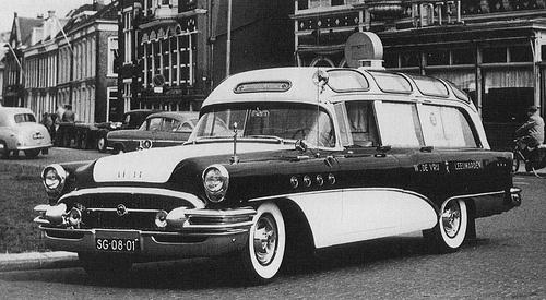 1955 Buick Ambulance (Visser) NL