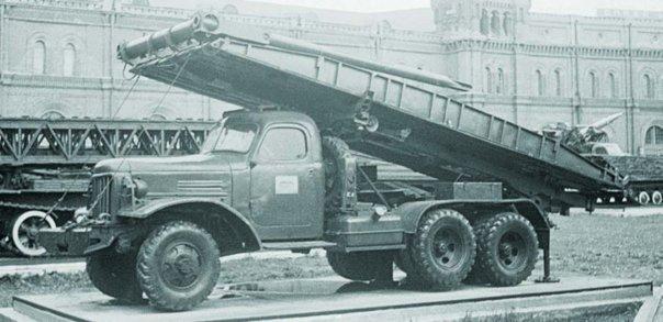 1955 ZIS-151А chassis, 6x6 КММ mechanical bridge
