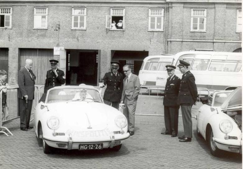 1956 Porsche Rijkspolitie NL HG-12-26