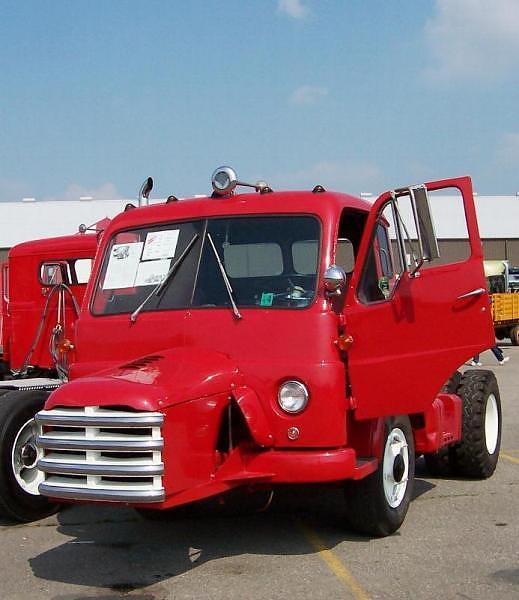 1957 Diamond T 730-C