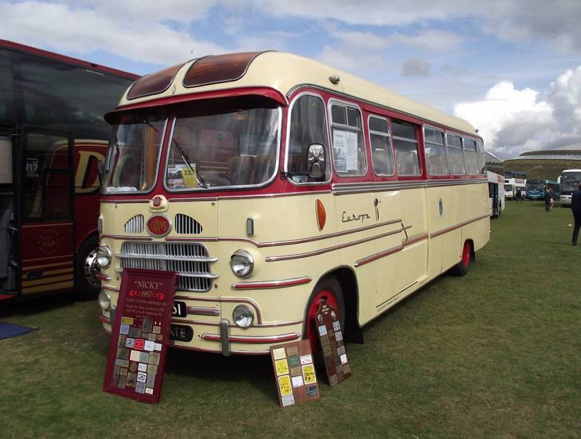 1957 NKY161, a Bedford SB3 with Yeates C41F body