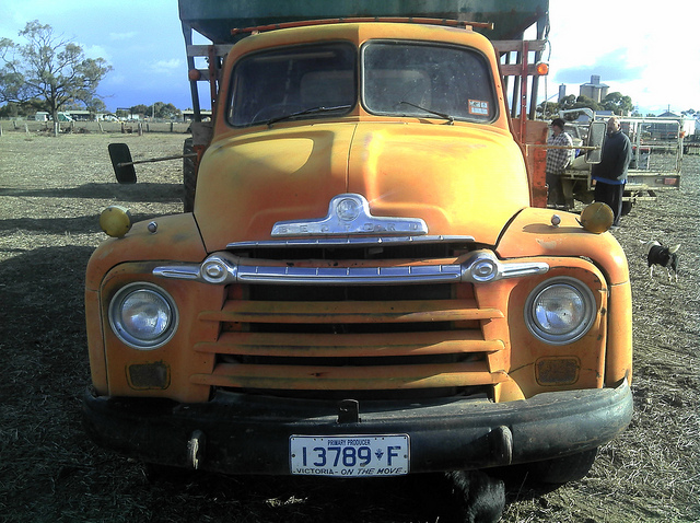 1958 Bedford D Series Grain Truck a