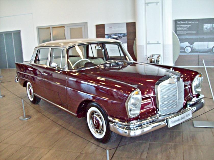 1959-65 Mercedes 220S Engine 2195cc S6