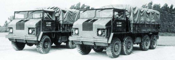 1959 REO ХМ453Е3 (8x8), left  ХМ434Е3, 6x6