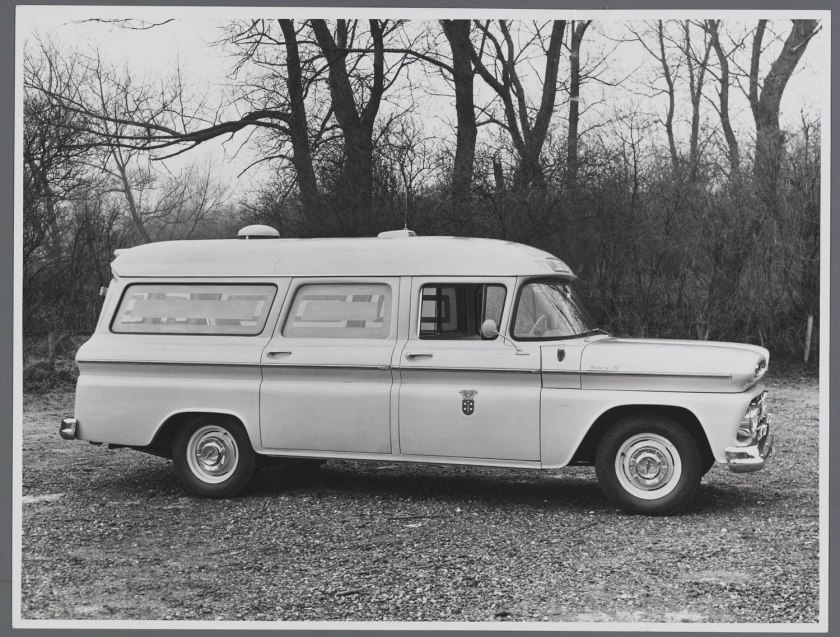 1960 Chevrolet Suburbun Apache A10