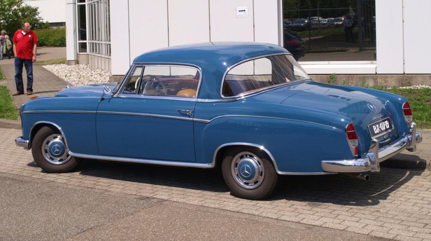1960 Mercedes Benz 220 S
