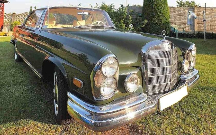 1961 Mercedes 220 SEB Coupe W111