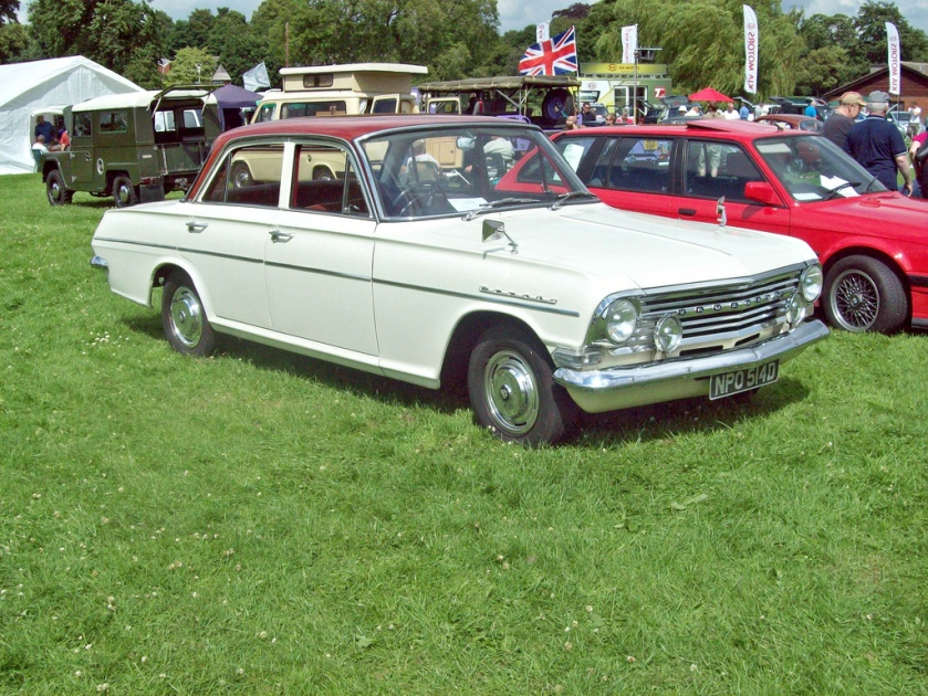 1962-65 Vauxhall Cresta From 1964 engine size increased from 2651 cc to 3294 cc