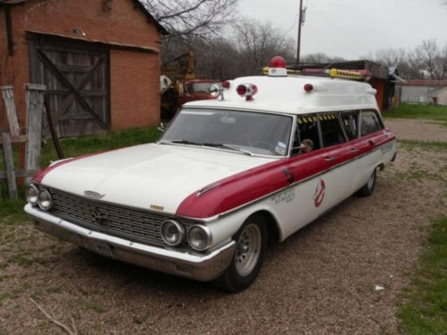 1962-ford-ambulance-640