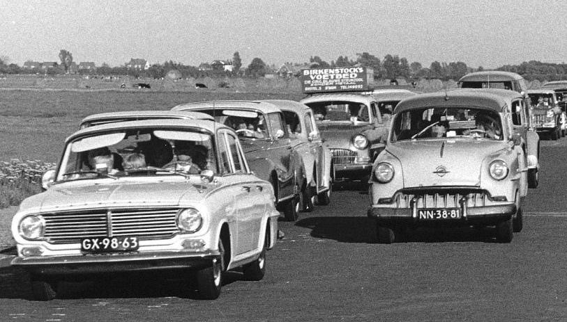 1962 Vauxhall Victor FB(GX-98-63), NN-38-81 Opel Caravan [1953]