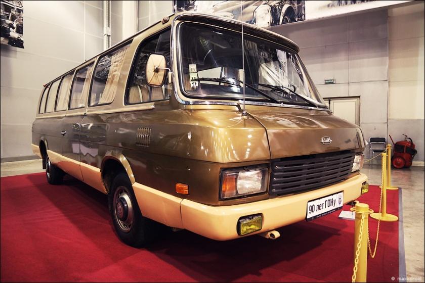 1962 Zil-118k-03