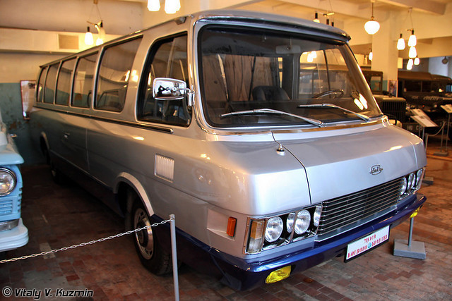 1962 Zil-118k-05