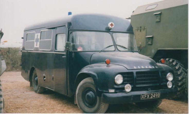 1964 Bedford TJ