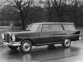 1965 Mercedes Benz 230 S Universal