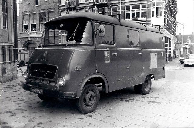1965 VA-86-95 Hanomag Kurier