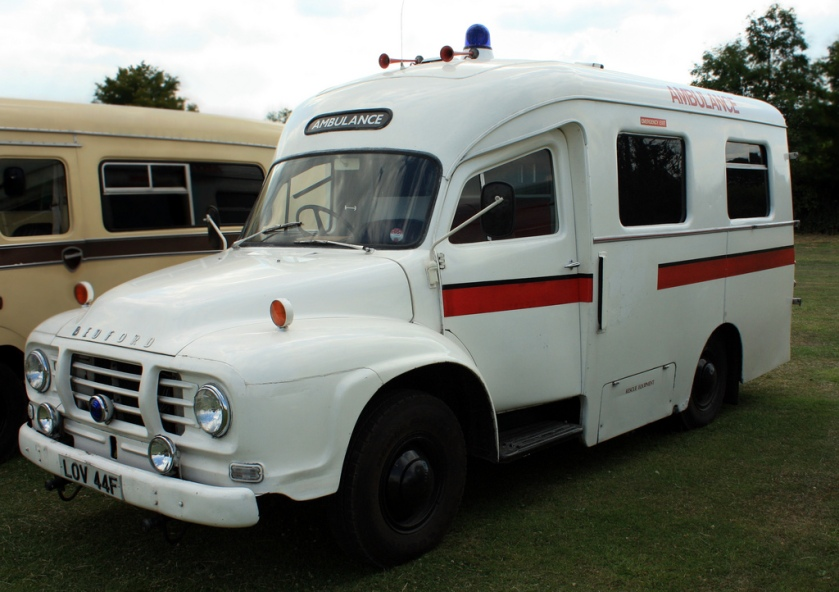 1967 Bedford J1 Ambulance LOV44F