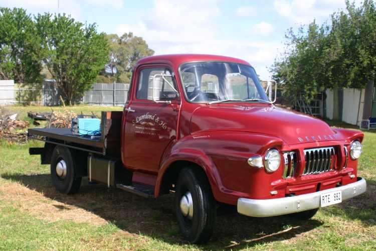 1967 Bedford TJ J1
