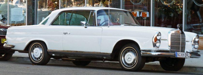 1968-1971 Mercedes-Benz_280_SE_(W111)_coupe_01
