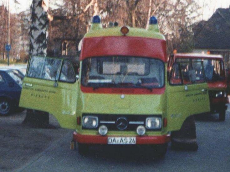 1969 hanomag-f-ambulance hilfsdienst