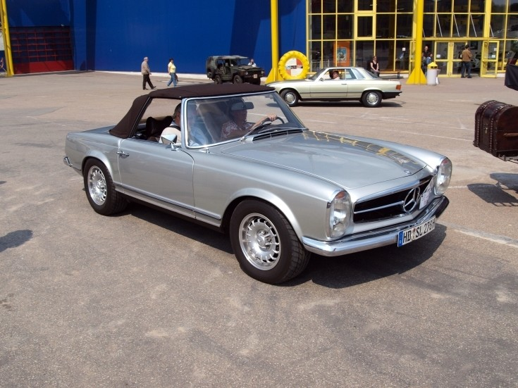 1970 Mercedes Benz 280 SL (convertible)