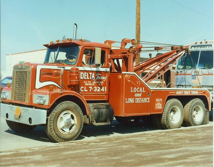 1971 Diamond Reo short hood wrecker