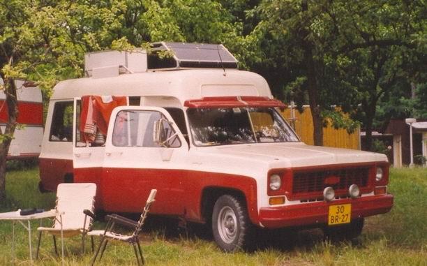 1974 Chevrolet Suburban C10 Visser ambulance