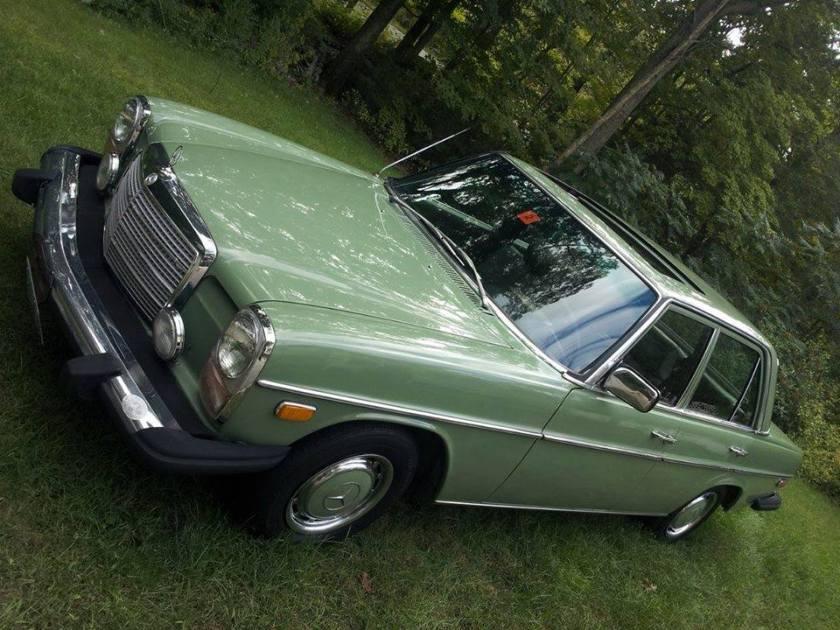 1974 Mercedes Benz 230s