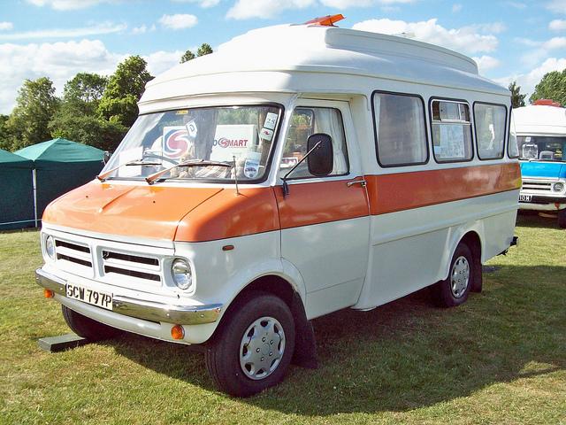 1976 Bedford CF Dormobile Landcruiser Camper (1976)