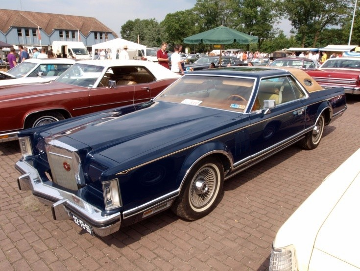 1976 Lincoln Continental Mark V