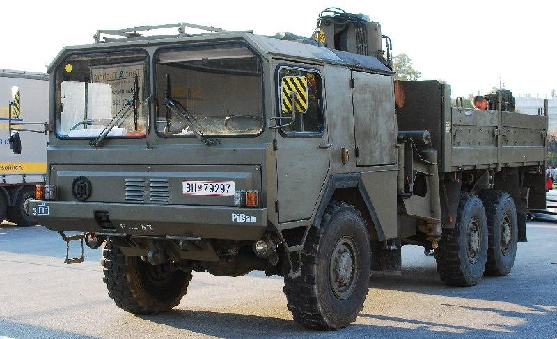 1980 Austrian Army ÖAF-sLKW truck