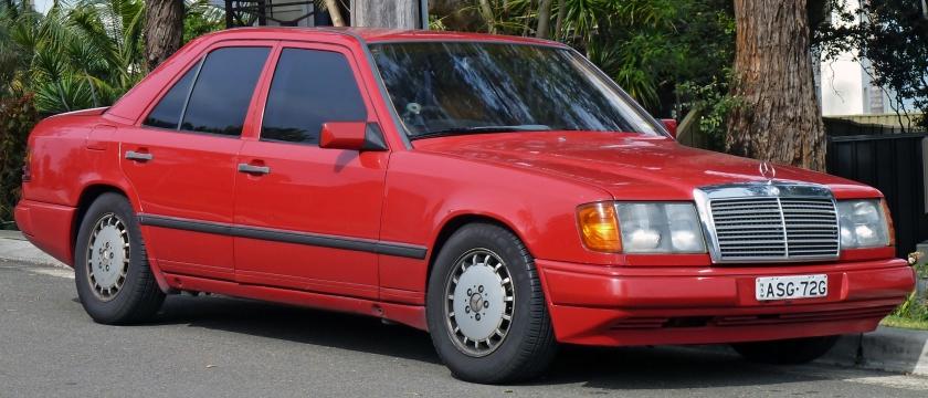 1986-89 Mercedes-Benz (W124)sedan