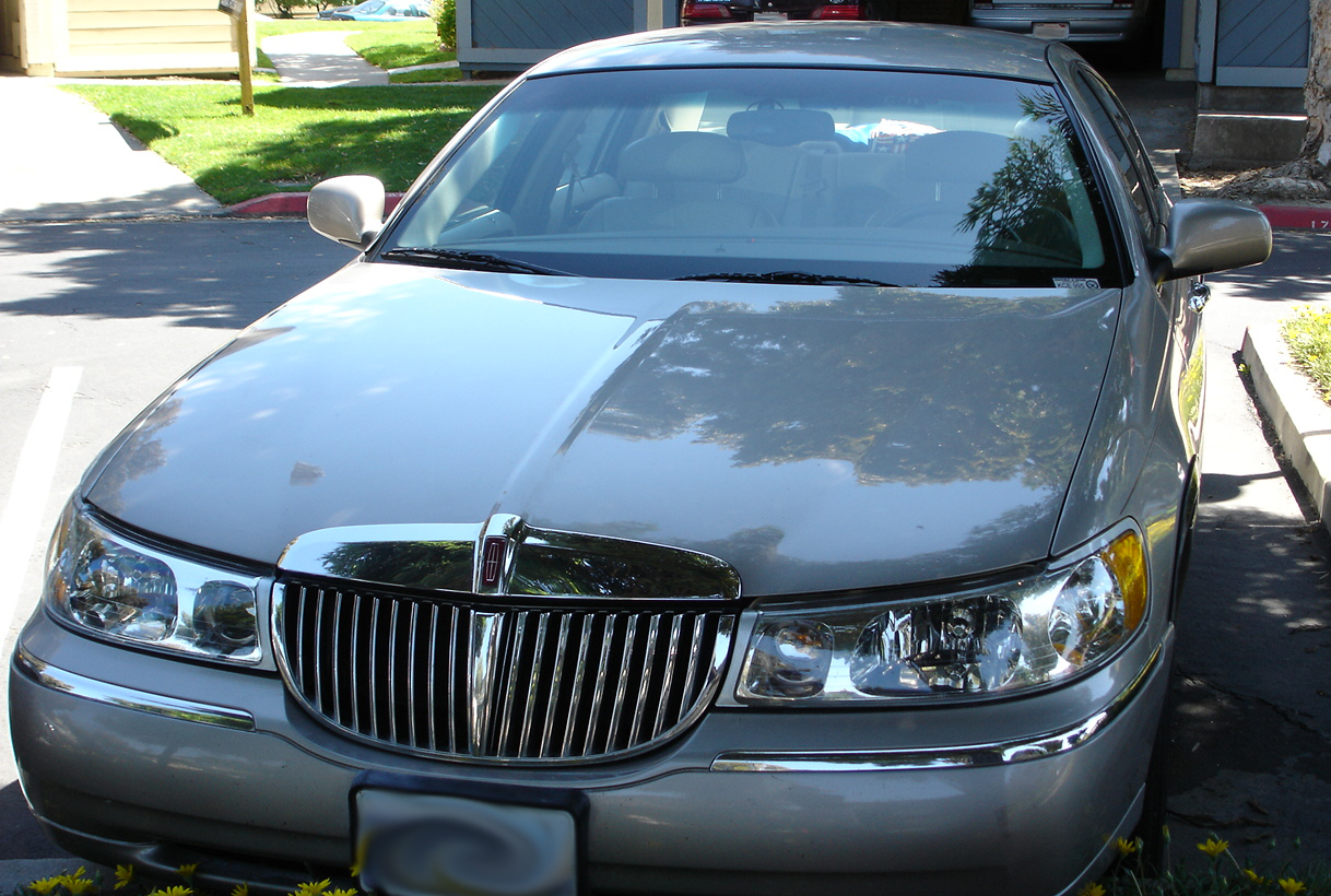 Lincoln motor company 1917 present myn transport blog for 1998 lincoln town car motor