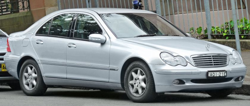 2004 Mercedes-Benz C 200 Kompressor (W203) Elegance sedan