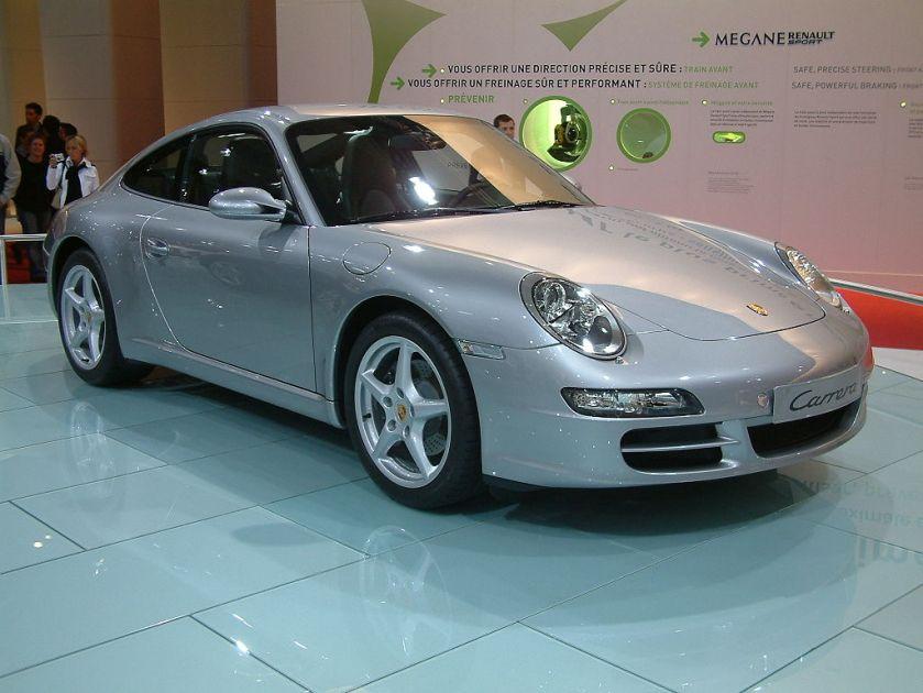 2004 silver Porsche 911 Carrera type 997