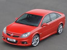 2006 Vauxhall Vectra VXR - Front Angle, 2006