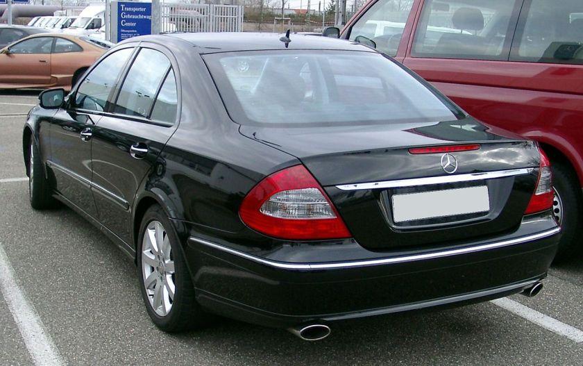 2008 Mercedes W211 2