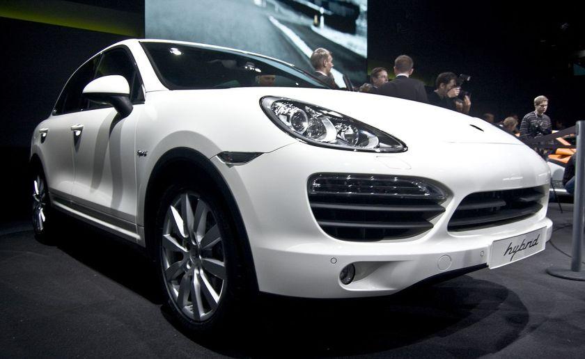 2010 Porsche Cayenne Hybrid en el Salón de Ginebra