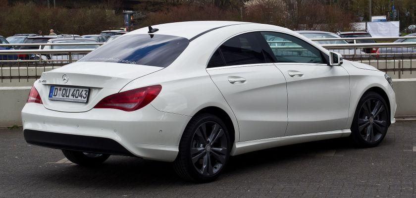 2013 Mercedes-Benz CLA200.