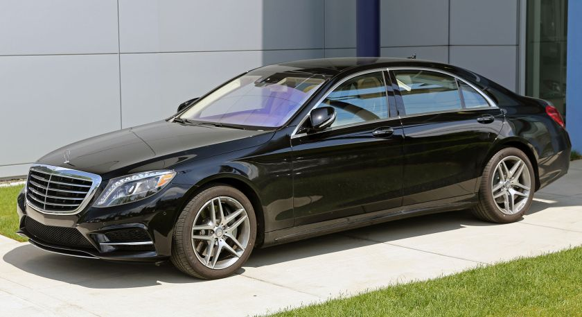 2014 Mercedes-Benz S550 4Matic (LWB) in black.