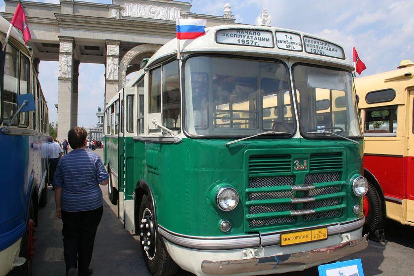34 1961 ZiL-158