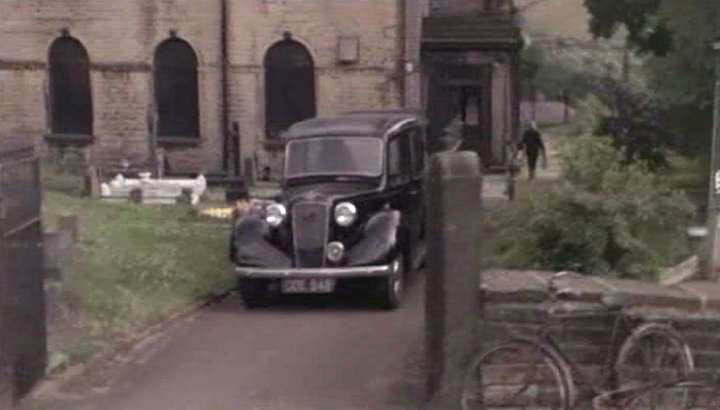 austin-six-hearse-02