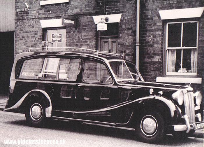 austin-six-hearse-11