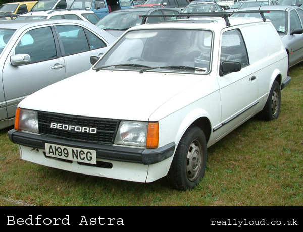 52693024e8 Bedford Astra (based on Vauxhall Astra Mk 1 then Mk2 estate)