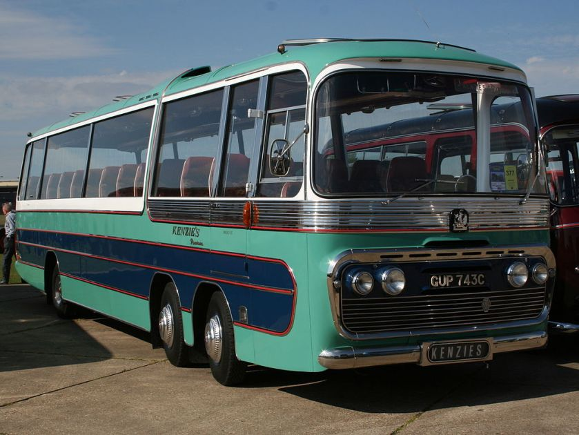 Bedford twin steer coach, GUP743C