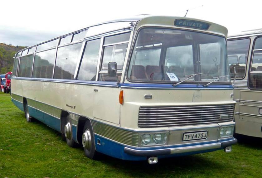 Bussen Bedford Duple 2 asser voor TFV