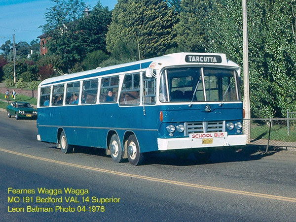 Bussen Bedford VAL 14 Superior Fearnes Wagga MO191 1978